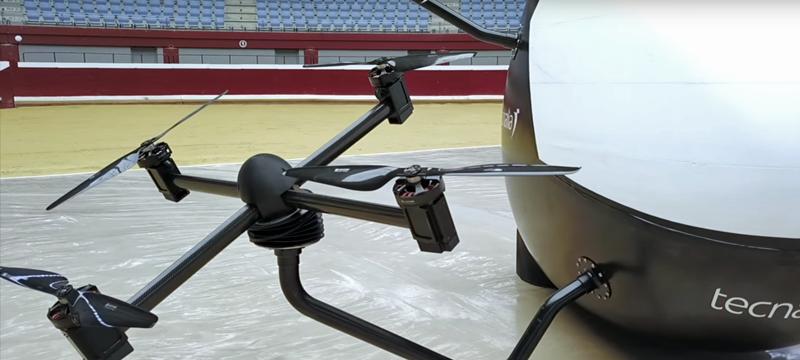 La ventaja del aerotaxi de Tecnalia se encuentra en que cada uno de los drones que le permiten volar se mueven de forma independiente, pero coordinada entre sí, lo que favorece la estabilidad.