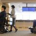 El aeropuerto Narita de Tokio prueba sillas de ruedas eléctricas robóticas para facilitar la accesibilidad de los viajeros