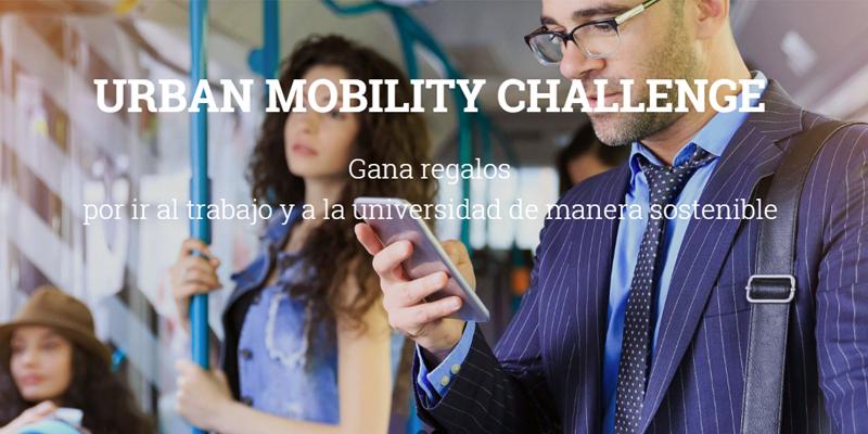 Cartel Urban Mobility Challenge sobre una imagen de varias personas en autobús, uno de ellos, mirando el móvil.