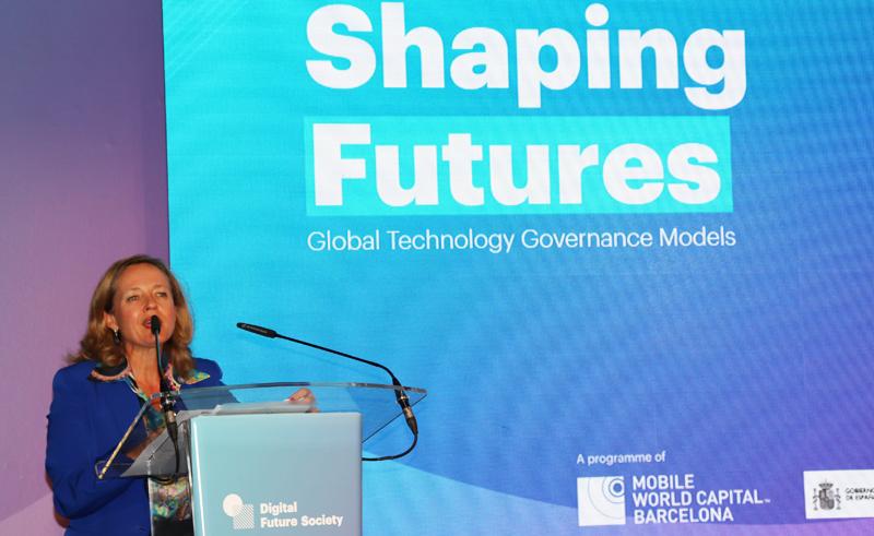 La ministra de Economía y Empresa, Nadia Calviño, en funciones durante su intervención.