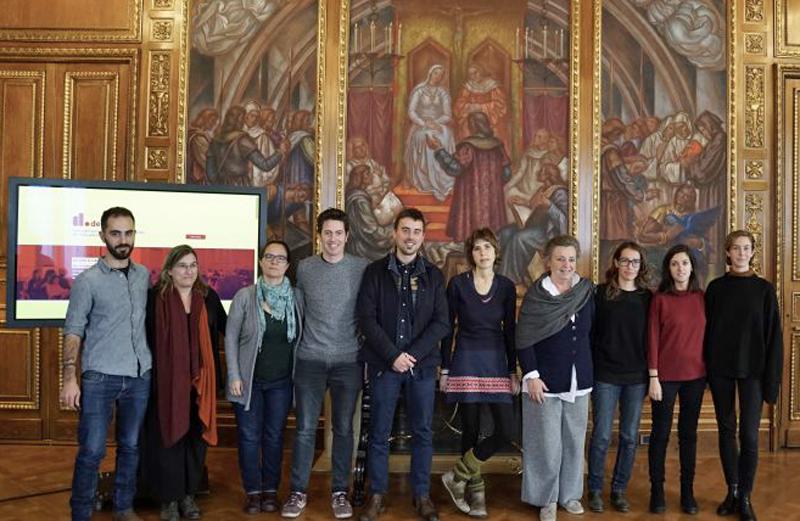 Representantes de entidades de derechos humanos de Barcelona