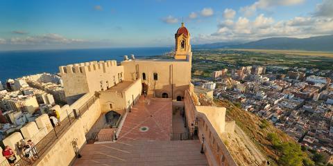 Cullera City Tour 2015-2019: base de datos relacional aplicada a la promoción de productos y servicios turísticos