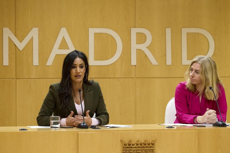 Begoña Villacís e Inmaculada Sanz en el Ayuntamiento de Madrid