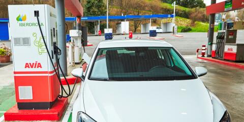 Más de 500 cargadores rápidos para vehículos eléctricos se instalarán en estaciones de servicio de España y Portugal
