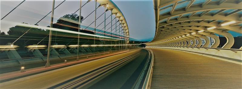 puente en una smart city