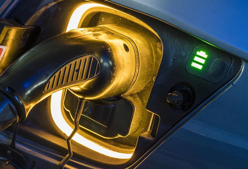 informe sobre incentivos para adquirir vehículos eléctricos del EVE