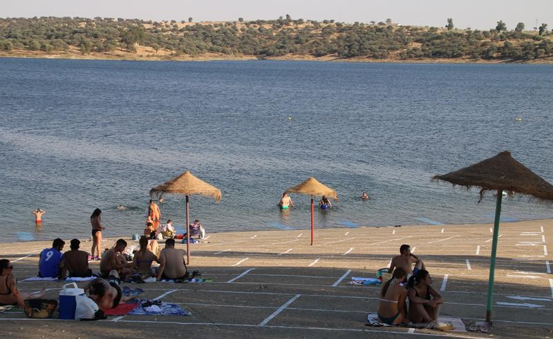 playa de interior inteligente con bandera azul en Badajoz
