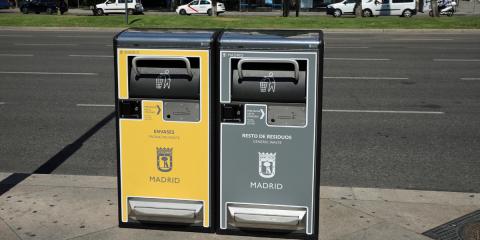 Madrid comienza el despliegue de 1.300 papeleras inteligentes por toda la ciudad