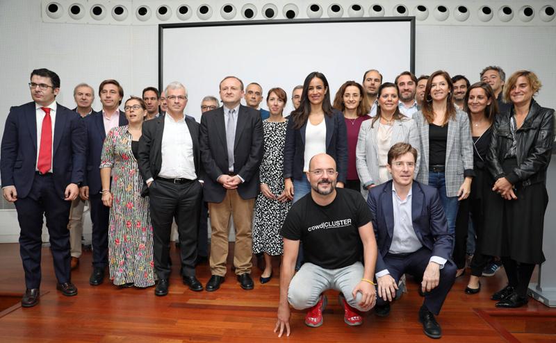Representantes de empresas y entidades dedicadas al sector big data