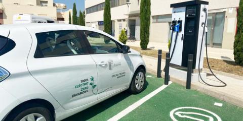 Paterna, en Valencia, contará con ocho nuevas estaciones de recarga eléctrica dobles