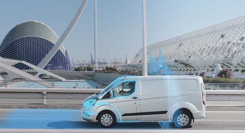 estudio de movilidad con vehículos comerciales híbridos de Ford Mobility en Valencia