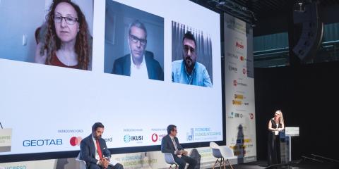 Mesa Redonda: Retos y oportunidades del empleo intensivo del cloud y los datos para la gestión inteligente de las ciudades: un nuevo modelo de prestación de servicios públicos