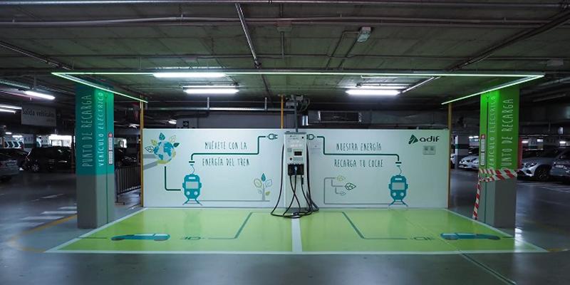 Arranca el proceso para la implantación de puntos de recarga rápida en estaciones de Adif