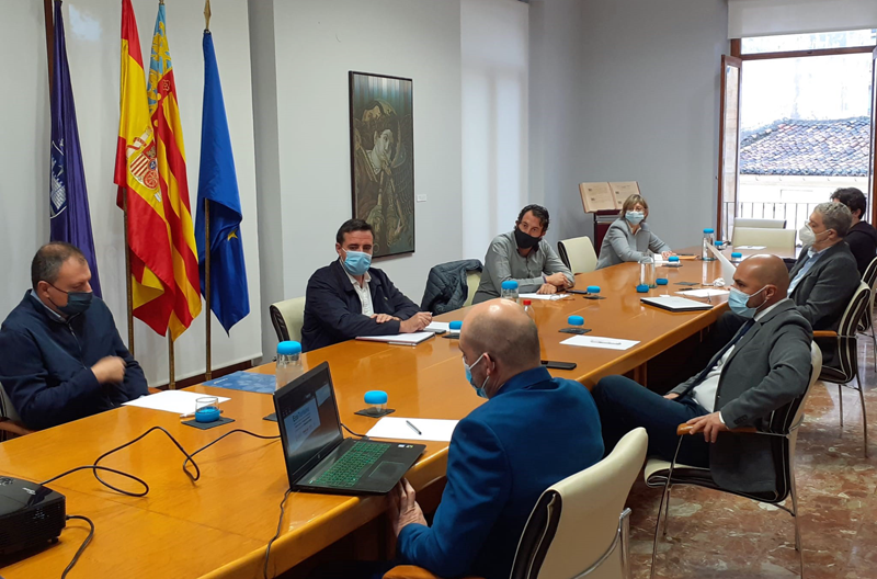 reunión entre ayuntamientos de Gandía y Oliva y Turismo de la Comunidad Valenciana