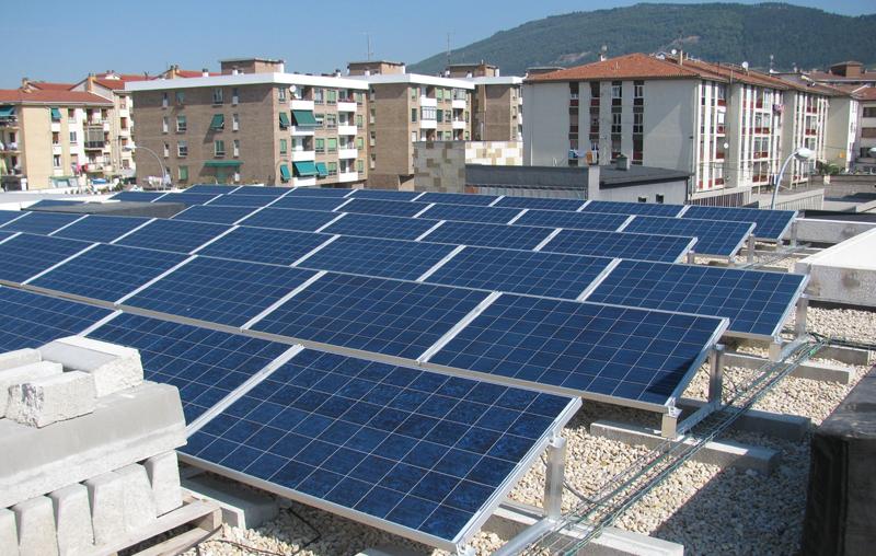 potencial de generación de energía solar en Pamplona