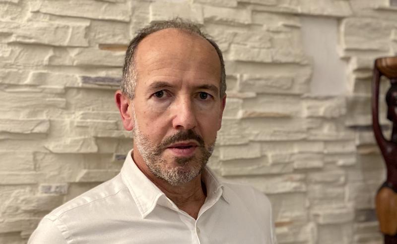 Roberto García, CEO de Dinycon