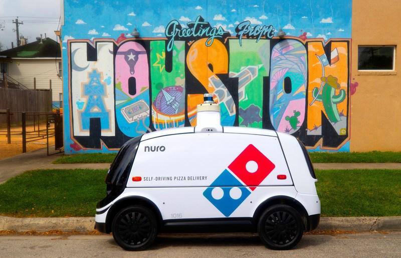 Domino's y Nuro colaboran para poner en marcha un servicio de entrega de pizza a domicilio con vehículos autónomos