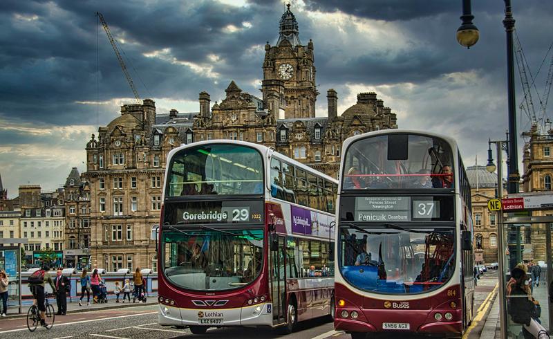 El plan de movilidad de Edimburgo 2021-2030 busca crear un sistema de transporte sostenible, seguro y efectivo