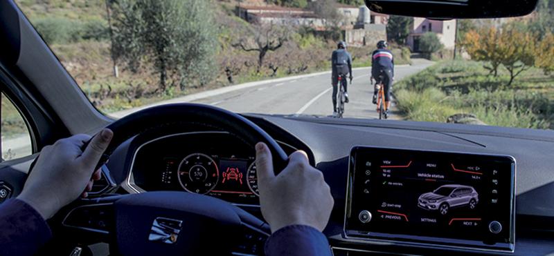 vehículo conectado detecta a los ciclistas